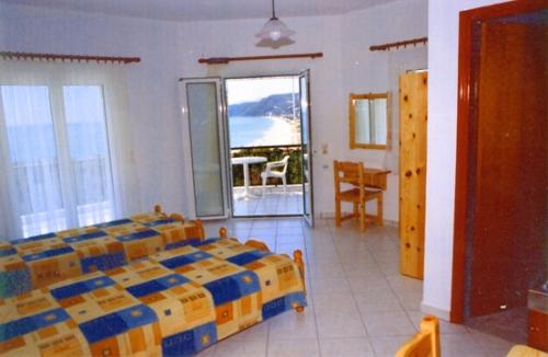 Panorama Vrachos image2
