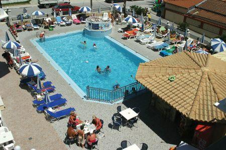 Alamis Apartments image2