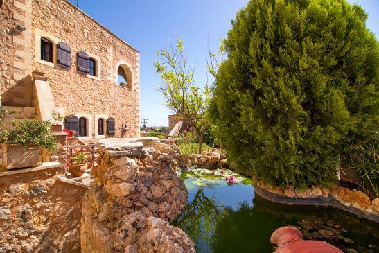 Samonas, traditional villas image15