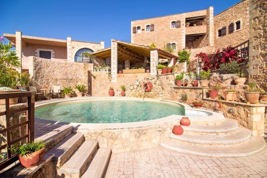 Samonas, traditional villas image16