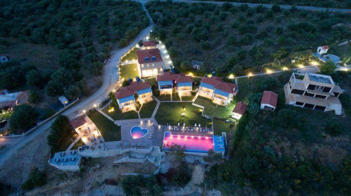 Thesmos Village image3